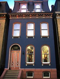 Beautiful home inspiration - European style row house exterior with mansard roof in dark slate blue with red trim. Exterior Paint Colors, Paint Colors For Home, House Colors, Exterior Design, Paint Colours, Modern Exterior, Ranch Exterior, Beautiful Buildings, Beautiful Homes