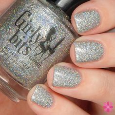 Don't Tangle Your Tinsel is multi sized holographic silver glitter that offers full coverage in two easy coats. The perfect bling for New Years Eve!