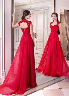 Elegant Chiffon Queen Neckline Full-length Evening Dresses
