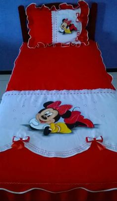 Embroidery On Clothes, Hand Embroidery, Girls Quilts, Baby Quilts, Designer Bed Sheets, Kids Bedding Sets, Baby Boy Blankets, Hand Painted, Painted Silk
