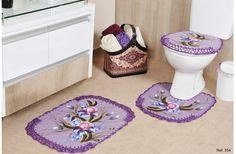 *Cores Fixas Estampas Variadas*------------------     Jogo Banheiro Emborrachado Max----------------------     03 peças: -------- 01 Tapete de Pia 60cm X 48cm ------------------- 01 Tapete de Vaso 50cm X 48cm--------------  01 Tampa de Vaso 48cm X 45cm