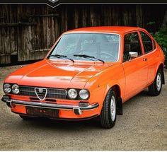 Pin by Michael Aron on Alfa Romeo Alfa Romeo 156, Alfa Romeo Spider, Alfa Romeo Cars, Caterham Seven, Inside Car, Ferrari 288 Gto, British Sports Cars, Pretty Cars, Tuner Cars