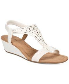 b2e8f8b81e6 Alfani Women s Step  N Flex Vacanzaa Wedge Sandals