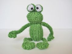 Frog from the Bugs and Frogs toy knitting patterns from fluff and fuzz