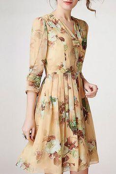 Lilashorn 3/4 Sleeve V-Neck Dress in Beige