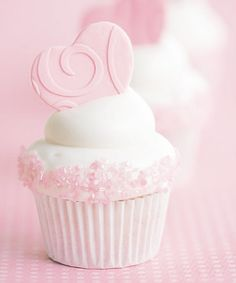 pink.quenalbertini: Pink & White Cupcake | Japanese Candy Subscription Box