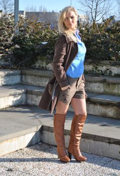SHORTS, SHIRT AND BROWN COAT #outfit #ootd #fashionblogger #moda #fashion