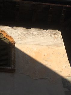 Painted detail on Verona building