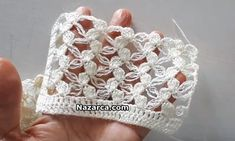 Crochet Stitches For Blankets, Crochet Hats, Valentina Rossi, Flower Hats, Best Wedding Dresses, Crochet Flowers, Sewing Hacks, Vintage Glamour, Knitting