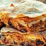 Γλυκια κολοκυθοπιτα Greek Beauty, Sweet Buns, Best Pie, Lasagna, Ethnic Recipes, Desserts, Fall Decor, Greece, Food