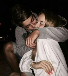 25 Cute Relationship Goals All Couples Should Aspire To, A solid, sound relationship is a wonderful thing. In spite of the fact that the correct relationship ought to never be excessively of a battle, in cas. Sweet Couple Pictures, Cute Couples Photos, Cute Couple Quotes, Cute Couples Goals, Couple Pics, Couple Things, Couple Goals Teenagers, Sweet Couples, Cutest Couples