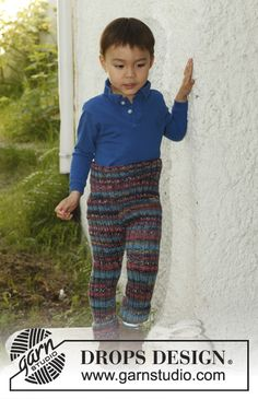 Knitted DROPS pants in rib in 1 thread Big Fabel og 2 threads Fabel. Size 3 to 12 years. Free pattern by DROPS Design. Baby Knitting Patterns, Knitting For Kids, Crochet For Kids, Knitting Projects, Knit Crochet, Crochet Patterns, Drops Design, Knitting Wool, Knitting Socks