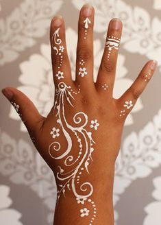 634 Best White Henna Images In 2019 Henna Designs Pastry Tattoo