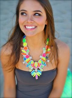 diy ♥ Neon Necklace