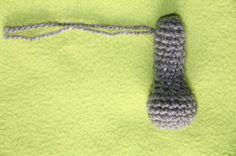 Zaplątane szydełko: Robimy na szydełku - myszka cz.4 Łapki dolne