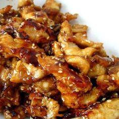 Slow Cooker Sesame Chicken @keyingredient #honey #chicken #slowcooker #delicious