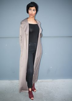 Long olive collared duster, lightweight and perfect for summer available at Mode-sty #sleevesplease