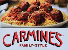 Carmine's New York Italian-American restaurant Pasta Restaurants, York Restaurants, Restaurant Recipes, Italian Dishes, Italian Recipes, Great Recipes, Cannoli, Carmines Nyc, New York Essen