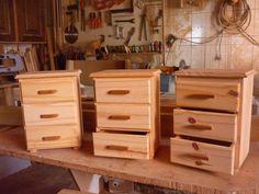 mini comodas em madeira