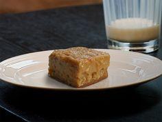 La Tourtière, façon Maman Shrimp Recipes, Crockpot Recipes, Cooking Recipes, Subway Sauce, Bloody Mary, Toulouse, Biscuits, Pita, Sauces