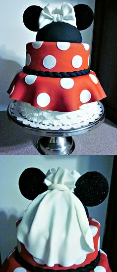 minnie mouse cake. I am gonna need this for my bridal shower or something. This is the most amazing cake I have ever seen in my whole life.