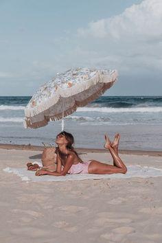 summer jam girl on the beach good vibes sea ☀️