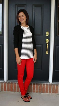 stylish work outfits with red pants - Women work outfits - Work Outfits Women Stylish Work Outfits, Preppy Outfits, Mode Outfits, Fall Outfits, Outfit Winter, Stylish Eve, Red Pants Outfit, Comfy Outfit, Teacher Wardrobe
