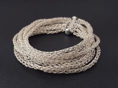 Crocheted bracelet made of pure silver wire por SelwerJewelry