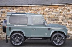 Click here to view larger image 8 of this Land Rover Defender