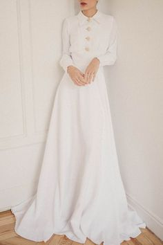 Marvelous Chemise dress - Marvelous Chemise dress Source by - Western Wedding Dresses, Bridal Dresses, Wedding Gowns, Wedding Dress Casual, Reception Dresses, Modest Wedding, Elegant Wedding, Wedding Reception, Casual Braut