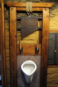 Fish urinal. It makes it difficult..   Original Toilets ...