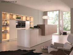 Der Italienische Küchenhersteller Scavolini Schafft Moderne Design Küchen  Für Große Und Kleine Räume, Die Sowohl Optisch Ansprechend, Als Auch  Funktional Si