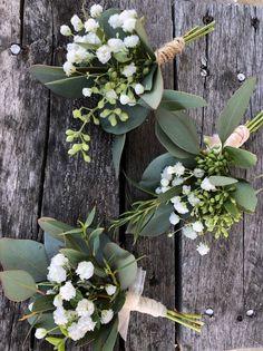Verdure fraîche et haleine de bébé Boutineere, boutinière de mariage, mariage champêtre, ...