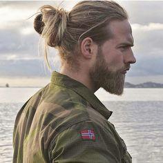 #hairstylemens FOLLOW ▶ @mfitmodels ◀  #hair #followme #longhair #love #hairstyle #menshair #haircut #fashion #hairshapes #hairstylemen #man #swag #hairideas #style ----------------------------------------- MORE NEW FASHION PHOTOS ? FOLLOW @msfashio