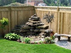 Love this backyard water feature! Thanks for finding it Jessica Debalski - Gardening For You