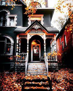 "ᑭᑌᗰᑭKIᑎᔕ 🎃 ᗯITᑕᕼEᔕ on Instagram: ""𝕄𝕚𝕤𝕤𝕚𝕟𝕘 𝕒𝕝𝕝 𝕥𝕙𝕖 ℍ𝕒𝕝𝕝𝕠𝕨𝕖𝕖𝕟 𝕗𝕖𝕖𝕝𝕤! ✨🍂🍁🎃🕷🕸🍁🍂✨ . . . . 📸: @mpthecomebackid #halloween #happyhalloween #halloweenvibes #halloweenfeels…"""