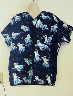 Scrubs Halloween Scrub Top Large L Ghosts Moons Nursing, Vet, Dental Uniforms #SCRUBS