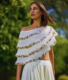 Lovely Indian Stylish Fancy Crop Top Skirt Latest Designer Party Wear Indian Dress for Women Lovely Indian Stylish Fancy Crop. Indian Dresses For Women, Party Wear Indian Dresses, Designer Party Wear Dresses, Indian Gowns Dresses, Indian Designer Outfits, Blouse Back Neck Designs, Fancy Blouse Designs, Saree Blouse Designs, Styles Blouse