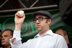 Newent Onion Fayre | Onion Eating Competition #Newent #Gloucestershire #England #UK