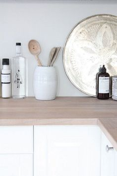 white kitchens by the style interior design house design interior design design and decoration Kitchen Inspirations, Scandinavian Kitchen, Interior Design Kitchen, Moroccan Kitchen, Kitchen Dining Room, Wood Kitchen, Home Kitchens, Kitchen Styling, Kitchen Table Makeover
