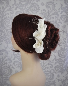 c2646229276c Bridal Hair Flower with Feathers Silk hair by januaryrosebridal