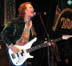 @glennhughes LIVE onstage @  New Years Festival in Kavarna, BULGARIA ~ December 2005.