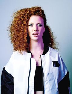 Jess Glynne photographed by Alastair Strong for Clash 98 Diy Beauty Secrets, Beauty Tips For Skin, Best Beauty Tips, Beauty Hacks, Hair Beauty, Beauty Products, Jess Glynne, Ginger Models, Red Curls