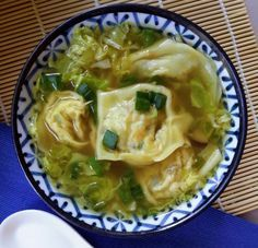 Vegan Wonton Soup   14 Nourishing Homemade Vegetarian Soup Recipes, check it out at http://homemaderecipes.com/14-vegetarian-soup-recipes/