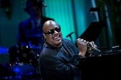 Music legend Stevie Wonder graces one of the biggest events in K-pop culture while moving many to tears with his speech and set.