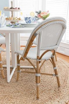 Home Decor Styles Our breakfast nook chairs - cute bistro chairs in gray and white!Home Decor Styles Our breakfast nook chairs - cute bistro chairs in gray and white! White Home Decor, Unique Home Decor, Home Decor Styles, Cheap Home Decor, Breakfast Nook Table, Driven By Decor, Home Decor Inspiration, Decor Ideas, Wall Ideas