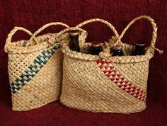 Small shoulder kete Flax Weaving, Basket Weaving, Straw Bag, Woven Bags, Felt, Handbags, Gourds, My Love, Shoulder