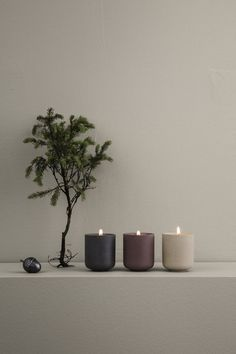 Inspiring Danish Christmas decorations from Danish design brand Ferm Living shows you how to decorate with Nordic flair this Christmas Photo Candles, Diy Candles, Soy Wax Candles, Scented Candles, Nordic Christmas Decorations, Christmas Tables, Design Café, Simple Christmas, Danish Christmas