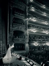 Long before turnstiles at a movie theater were part of opera, here we have in one room, Maria Callas and Luchino Visconti with … Opera Music, Opera Singers, Maria Callas, Joan Sutherland, Theater, Foto Art, Phantom Of The Opera, Concert Hall, Musical Theatre