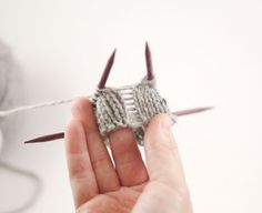 Preventing ladders while knitting in round from WEBS blog
